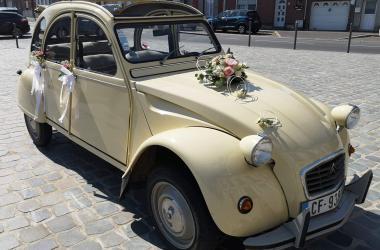 Mariage en 2CV Citroën