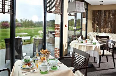 E-Solex and NAJETI Hotel du Golf